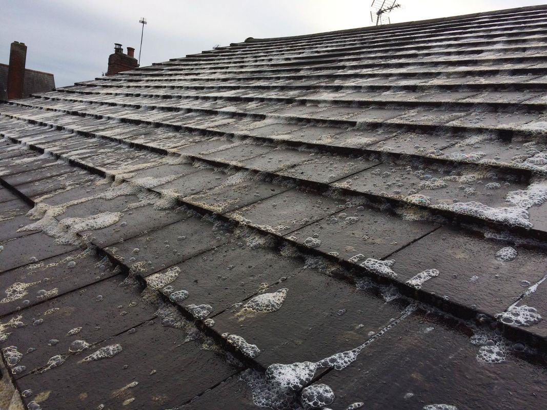 Softwash Roof Cleaning In Wombourne Wolverhampton